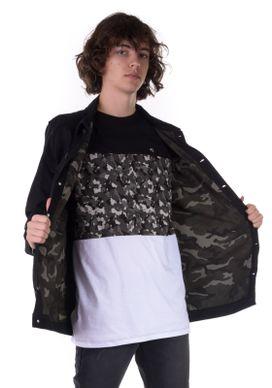 Camiseta-Alongada-Com-Recorte-Camuflado-Preta