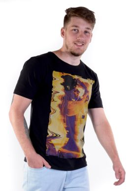 Camiseta-Sexy-Girl-Preta