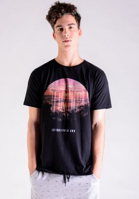 Camiseta-Preta-Flame-Trip