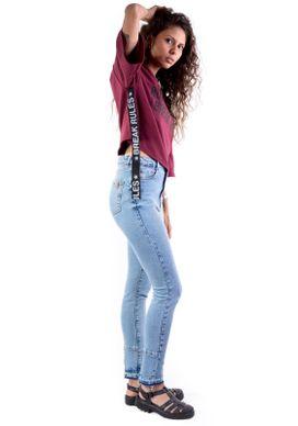 Calca-Jeans-Clara-Cintura-Alta-e-Barra-Desfeita