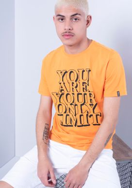 Camiseta-Manga-Curta-Laranja-You-Are