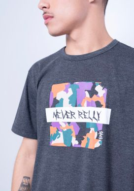 Camiseta-Estampada-Manga-Curta-Geometrico