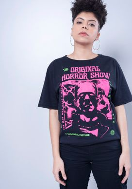Camiseta-Estampada-Manga-Curta-Frankenstein-Rosa-Neon