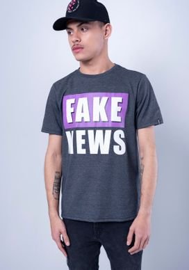 Camiseta-Estampada-Manga-Curta-Fake-News