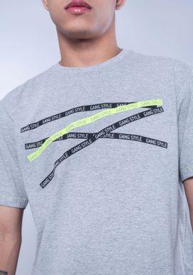 Camiseta-Estampada-Manga-Curta-Faixas-Gang-Style