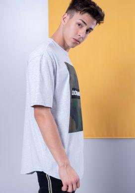 Camiseta-Estampada-Manga-Curta-Silk-Camuflado