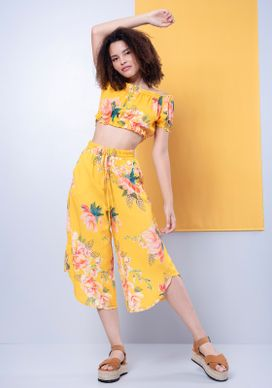 Conjunto-Blusa-Ciganinha-E-Calca-Pantacourt-Floral