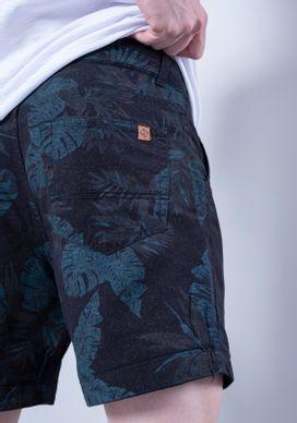 Bermuda-Curta-Floral-Escuro