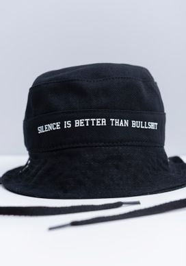 Bucket-Hat-Estampado-Silence-Is-Better-Preto-Gang-Unissex