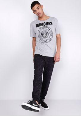 C-\Users\edicao5\Desktop\Produtos-Desktop\37080006-camiseta-masculina-cinza-ramones