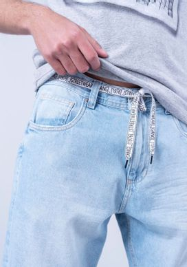 Bermuda-Jeans-Azul-Claro-Bigodes-Jeans-Diferenciada-34