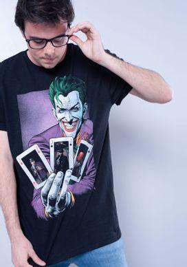 Camiseta-Estampada-Manga-Curta-Coringa-Cartas-Preto-PP