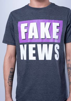 Camiseta-Estampada-Manga-Curta-Fake-News-Cinza-PP
