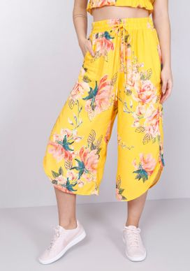 Calca-Pantacourt-Estampada-Floral