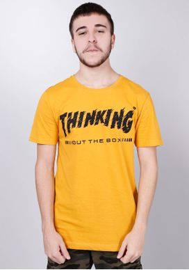 Camiseta-Estampada-Manga-Curta-Mostarda-Thinking