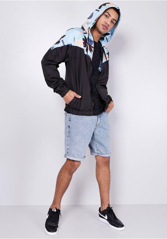 Camiseta-Manga-Curta-Preta-Botone-Bolso-Floral