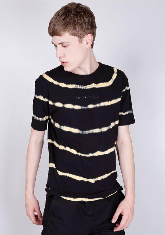Camiseta-Manga-Curta-Tie-Dye-Preta-Gang-Masculina