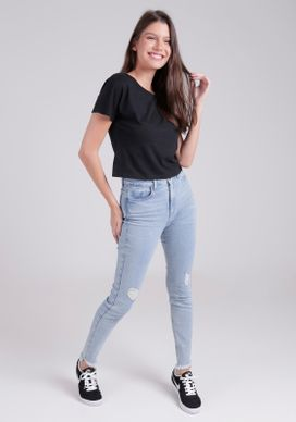 37570333-camiseta-preta-more